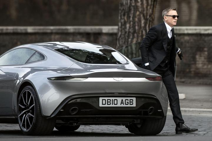 Daniel Craig steps out of DB10-large